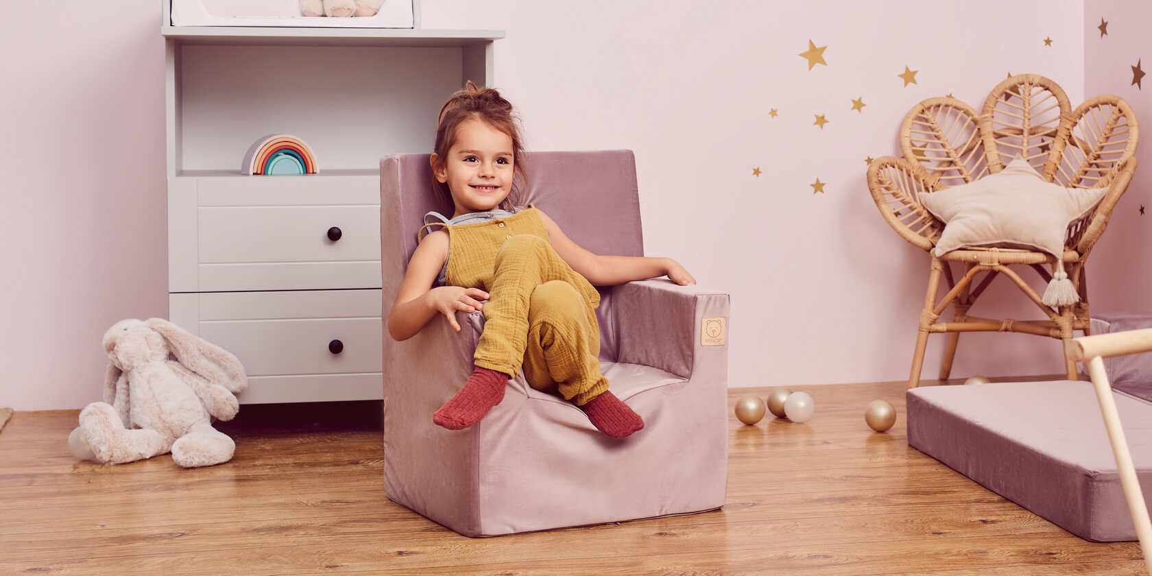 How to choose a foam chair for a child?